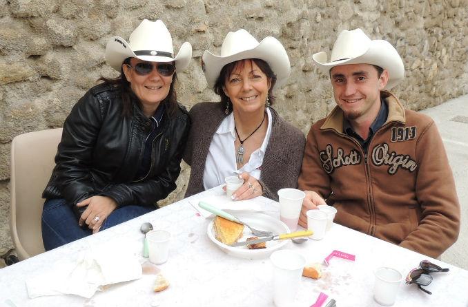 Magali, Christine et El Presidente des SOUTHERN GANG, Julien